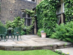 Euro - Bingley Courtyard