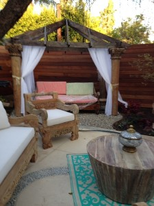 Garden Ornaments - Daybed +